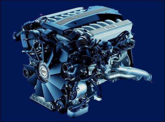 Фото двигателя BMW M70 - 2