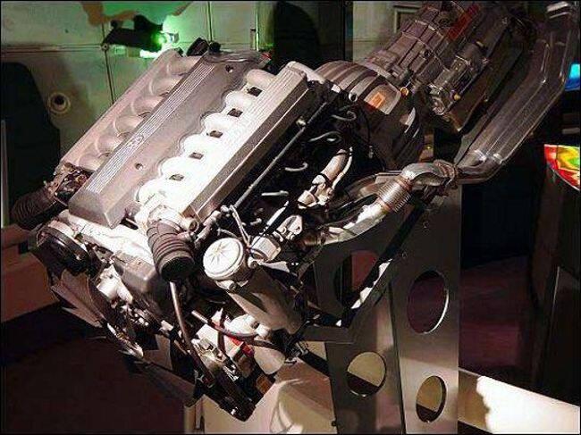Фото двигателя BMW M70 - 3