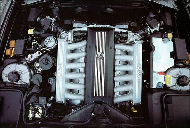 Фото двигателя BMW M70B50 - 1