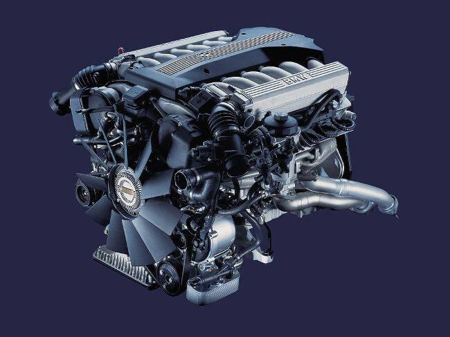 Фото двигателя BMW M73B54