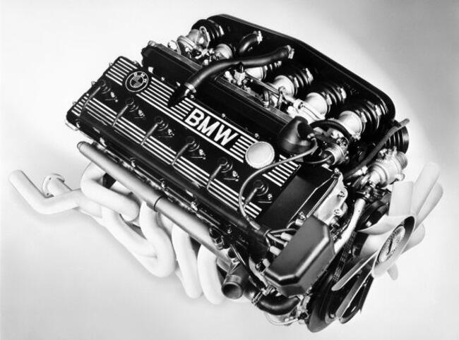 Фото двигателя BMW M88 - 1