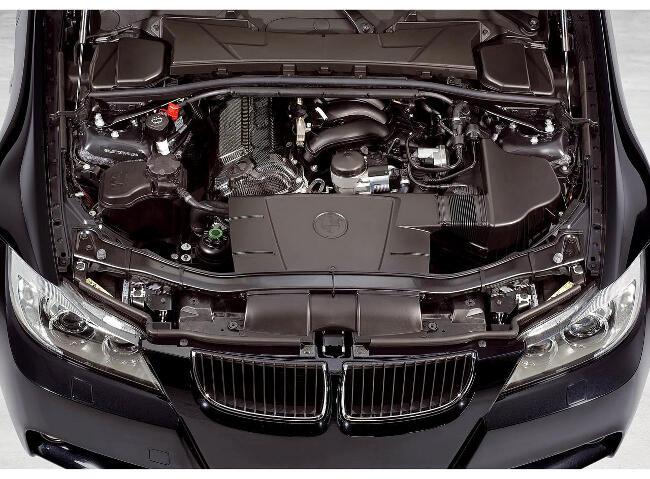 Фото двигателя BMW N45 на 320si E90