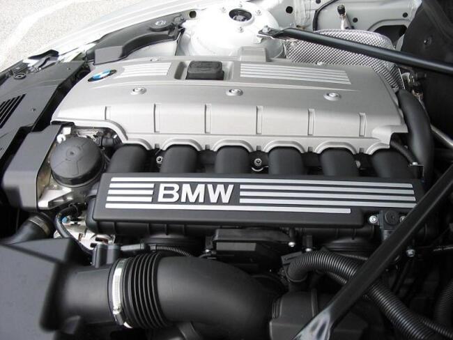 Фото двигателя BMW N52 - 1