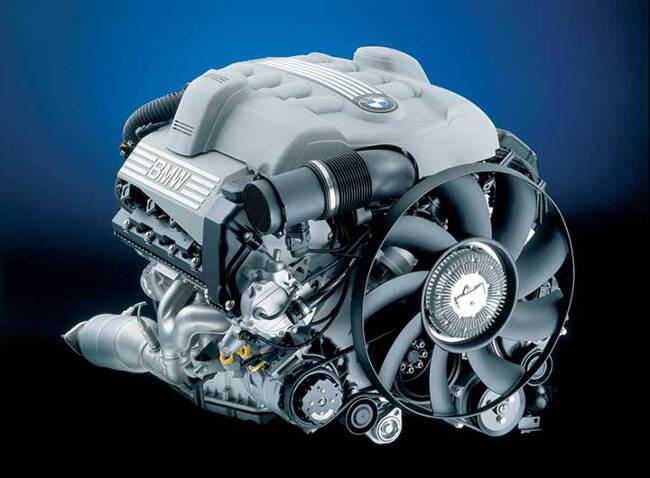Фото двигателя BMW N62 - 2