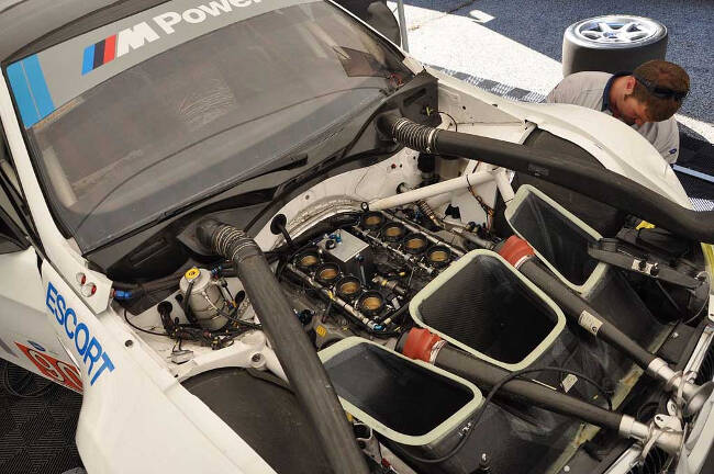 Фото двигателя BMW P65 V8 - 1