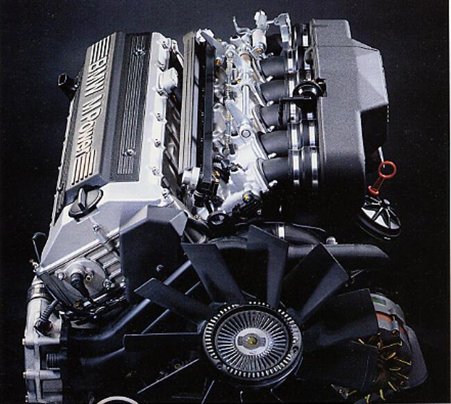 Фото двигателя BMW S38 - 1