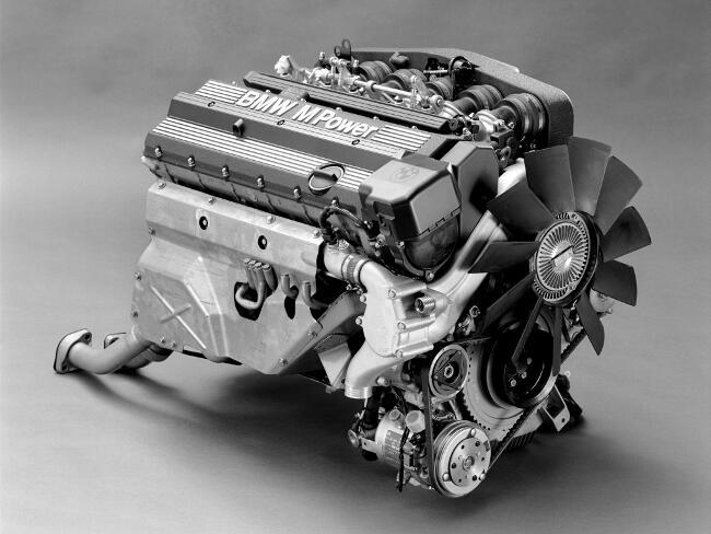 Фото двигателя BMW S38B36 - 2