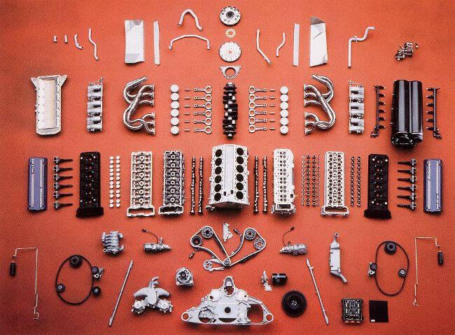 Фото двигателя BMW S70-2 для McLaren F1