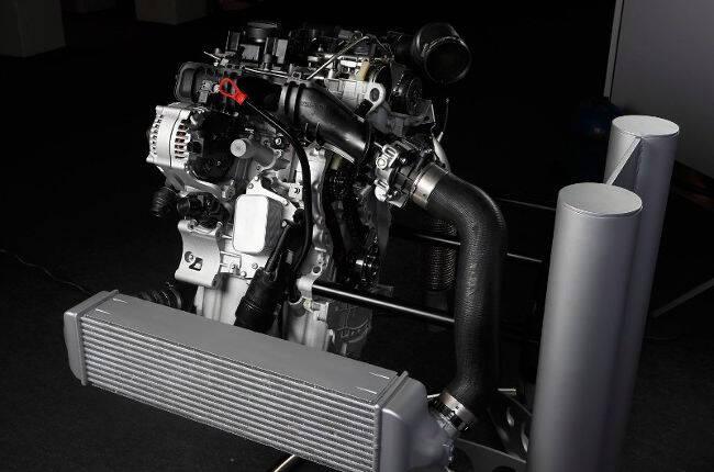 Фото 3-цилиндрового двигателя BMW B37