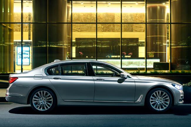 BMW 730Ld xDrive G12 - 6