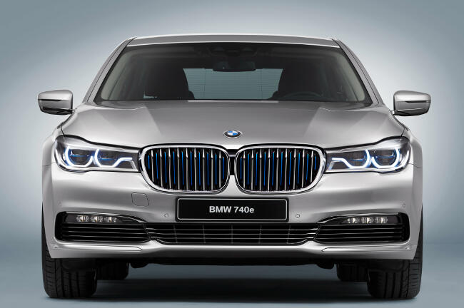 BMW 740e iPerformance G11 - 6