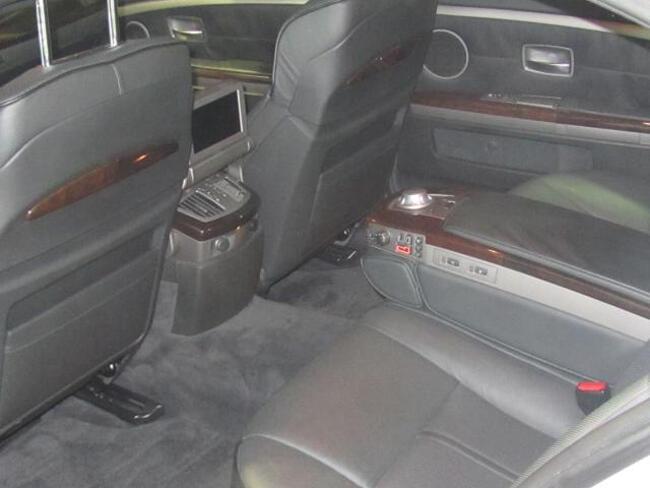 BMW 745Li E67 - 7