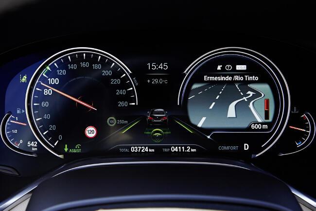 BMW 750Li xDrive Design Pure Excellence G12 - 6