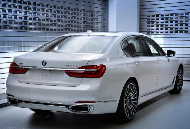 BMW 750Li xDrive Solitaire G12 - 4