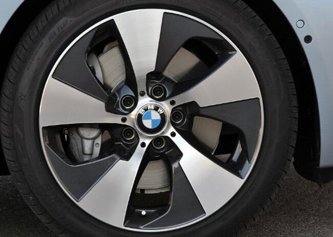 BMW ActiveHybrid 3  - 13