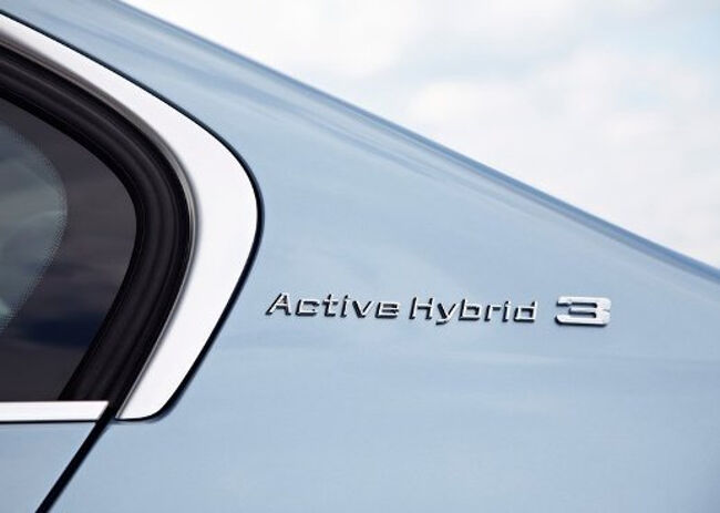 BMW ActiveHybrid 3  - 14