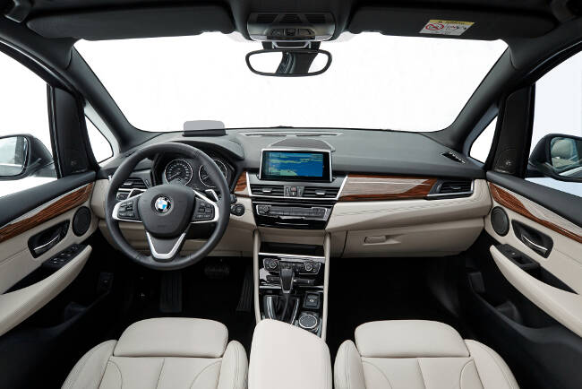 BMW F46 Gran Tourer Luxury Line - 10