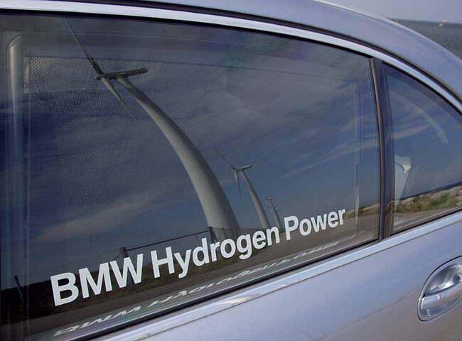BMW Hydrogen 7 E68 - 13