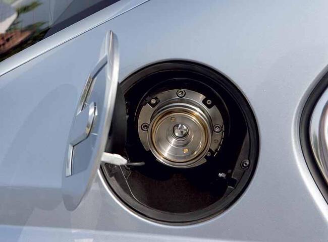 BMW Hydrogen 7 E68 - 24