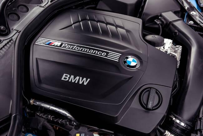 BMW M235i F23 - 15