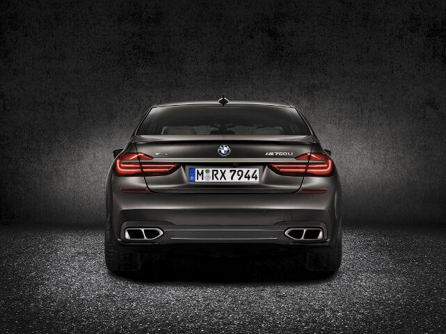BMW M760Li xDrive G12 - 3