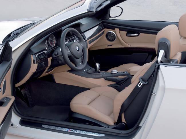 BMW M3 E93 - 15