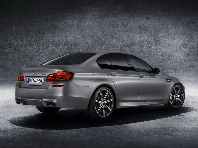 BMW M5 30 Jahre F10 - 2