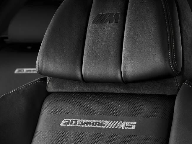 BMW M5 30 Jahre F10 - 6