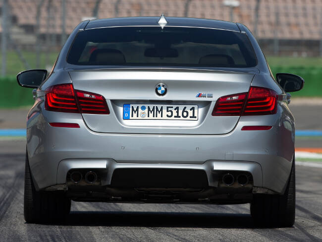 BMW M5 Competition Package F10 - 4