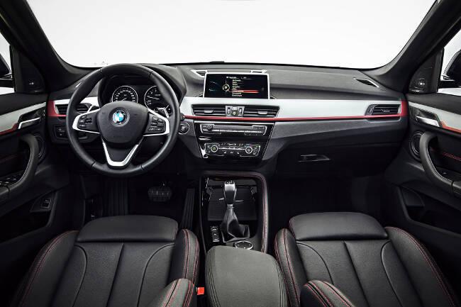 BMW X1 Sport Line F48 - 6