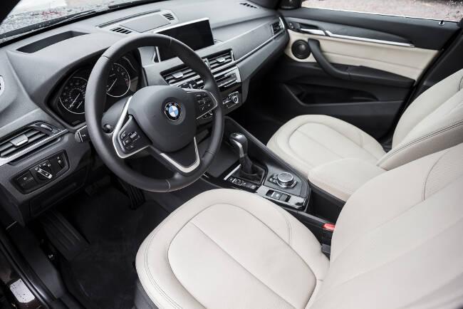 BMW X1 xDrive28i F48 - 10