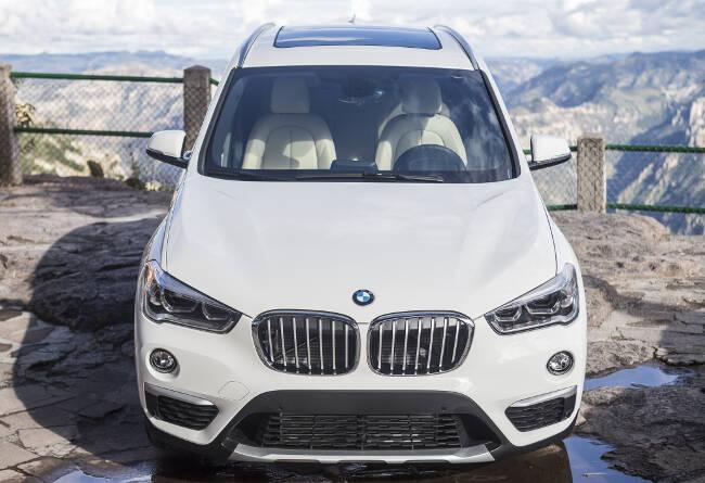 BMW X1 xDrive28i F48 - 5