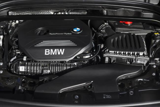 BMW X1 xDrive28i F48 - 6