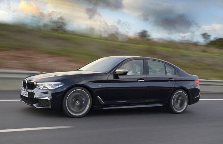 Обои-BMW-M550i-xDive-G30-5-Series