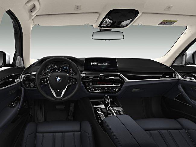 Салон-BMW-530e-G30