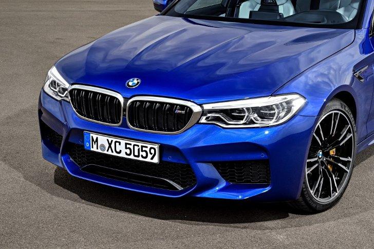 BMW M5 F90 - фото 9