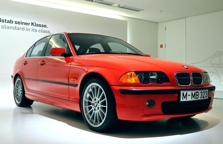 BMW x5 e53 рестайлинг и дорестайлинг фото