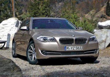 Как выбрать BMW F10 - F11 - с каким мотором