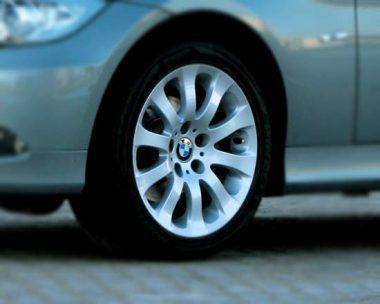 Какие выбрать шины для БМВ Е90
