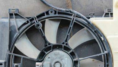 Вентилятор радиатора системы ОЖ двигателя